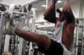 Amateur Physique Competitor Shaka Smith: Abs Routine